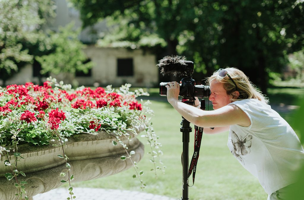 Choosing your wedding film camera: For the right reasons